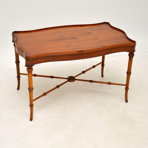 Georgian Style Yew Wood Coffee Table (1 of 9)