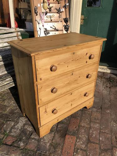 Antique Vintage Pine Small Three Drawer Chest of Drawers (1 of 8)