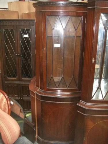 Astral Glazed Mahogany Corner Cabinet (1 of 2)
