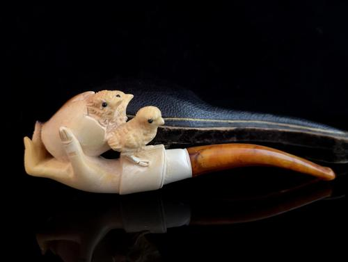Antique Meerschaum pipe, Chicks, egg and hand (1 of 12)