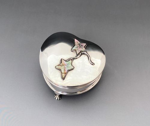 Superb Edwardian Heart Shaped Silver & Mother of Pearl Trinket Box (1 of 9)