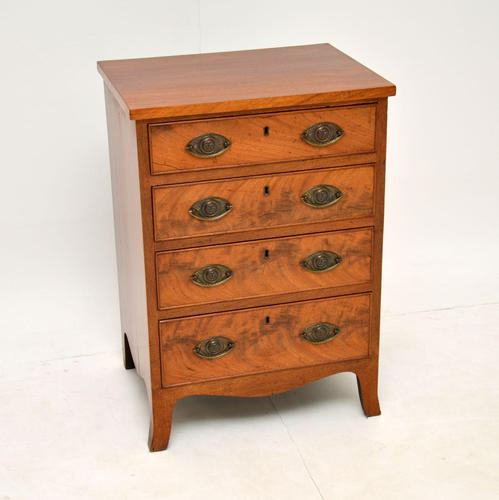 Small Antique George III Mahogany Chest of Drawers (1 of 8)