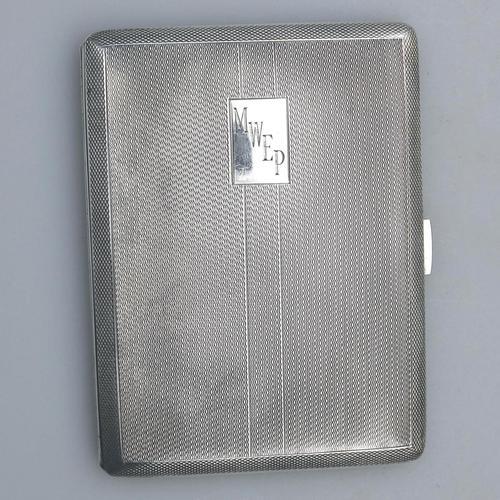 Good & Large Solid Silver Engine Turned Cigarette Case c.1963 (1 of 5)