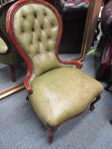 Continental Style Leather Nursing Chair (1 of 6)