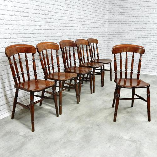 Set of 6 Windsor  Spindleback Kitchen Chairs (1 of 7)