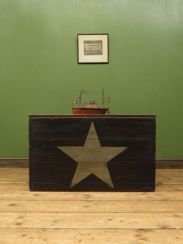 Large Painted Black Chest Trunk with Star, Military Storage Box (1 of 14)