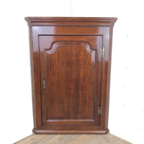 Georgian Oak Corner Cupboard (1 of 9)