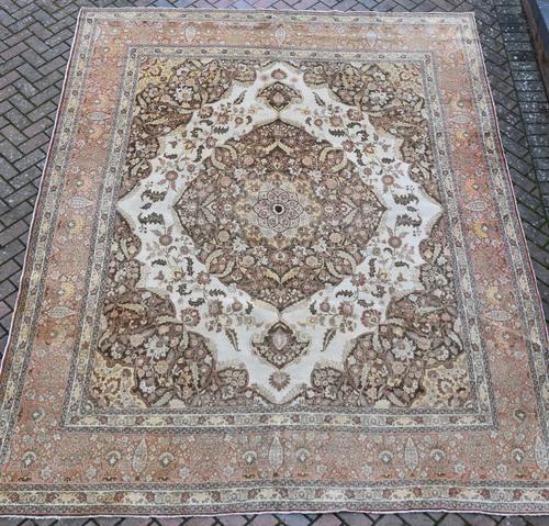 Fine Antique Tabriz Roomsized Carpet 382x285cm (1 of 9)
