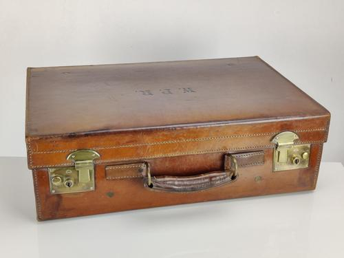 Large Leather Vintage Suitcase (1 of 10)