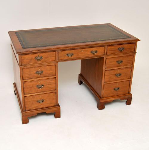 Antique Victorian  Walnut Pedestal Desk (1 of 11)