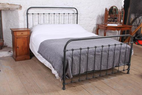 Lovely Simple French All Iron King Size Bed (1 of 7)