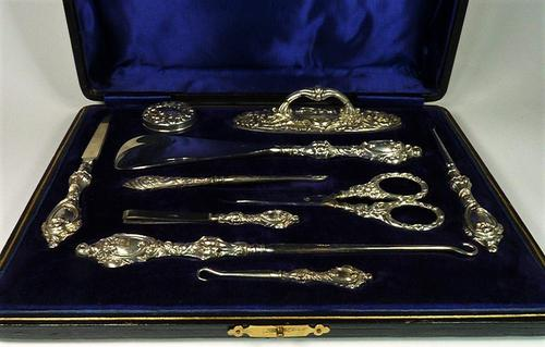 Cased Edwardian Hallmarked Silver Grooming Set (1 of 11)