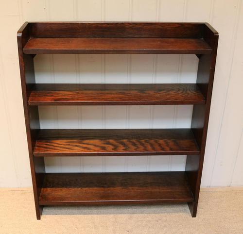 Solid Oak Graduated Bookshelves (1 of 10)