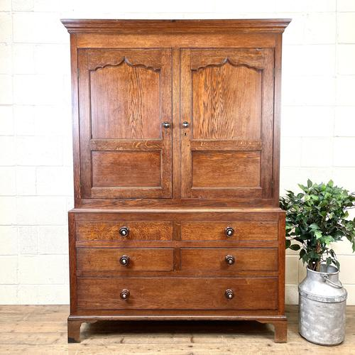 Early 19th Century Welsh Oak Cupboard (1 of 10)