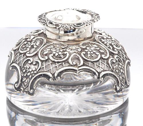 Victorian  Silver Mounted Glass Inkwell. Wm. Comyns & Sons 1895 (1 of 4)