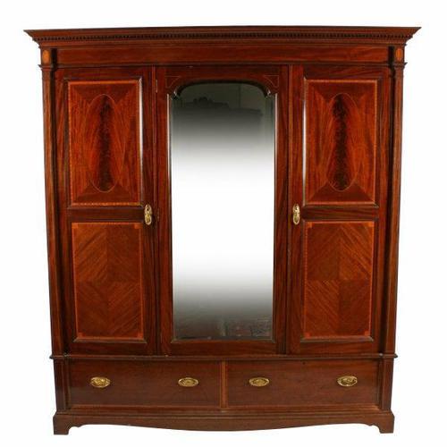 Edwardian Three Door Wardrobe (1 of 8)