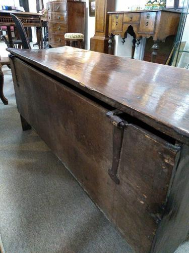 18th Century Oak Coffer (1 of 5)