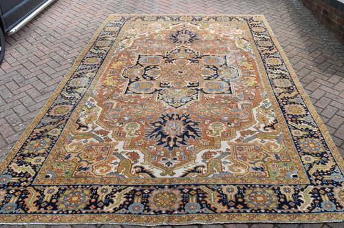 Antique Heriz roomsize carpet 338x241cm (1 of 6)