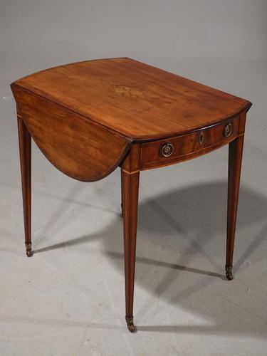 Most Attractive George III Period Mahogany Pembroke Table (1 of 6)