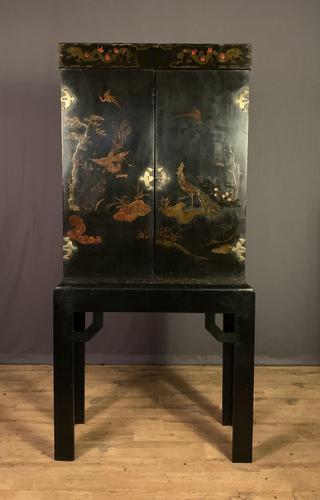 Decorative Chinoiseries Lacquer Work Cabinet on Stand (1 of 12)