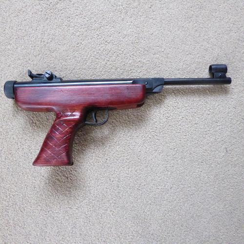 Vintage Diana Model 5 Air Pistol (1 of 4)
