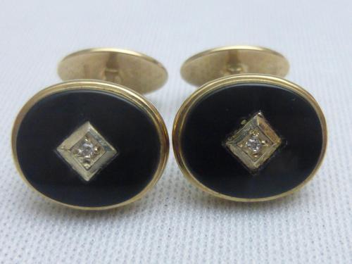 Pair of 9ct gold,onyx and diamond cufflinks (1 of 6)