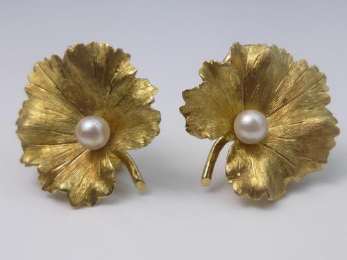 18ct Gold  Pearl Earrings (1 of 7)