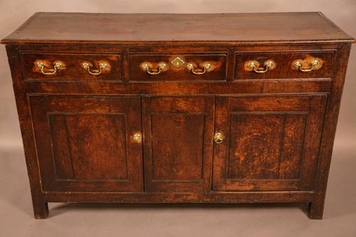 Small Georgian Serving Dresser in Oak (1 of 11)