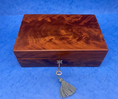 Georgian Flame Mahogany Box c.1820 (1 of 10)