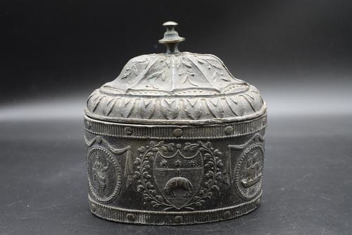 Very Good George III Period Oval Lead Tobacco Box (1 of 5)