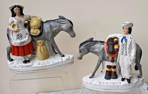 Pair of Victorian Staffordshire Figures - Sand & Beesums (1 of 12)