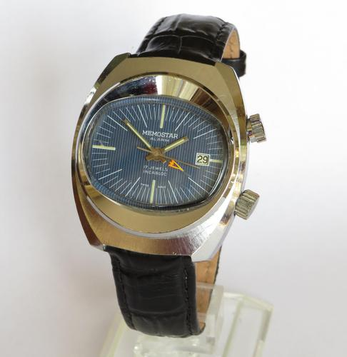 Gents 1970s Memostar Alarm Wristwatch (1 of 5)