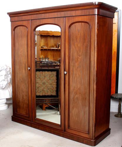 Wardrobe Triple Compactum Wardrobe Victorian Mahogany (1 of 12)