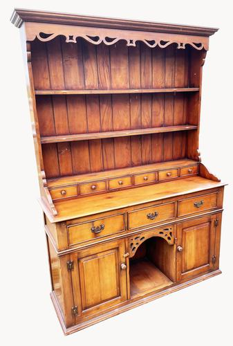 A Lovely Welsh Dresser in Cherry Wood (1 of 4)