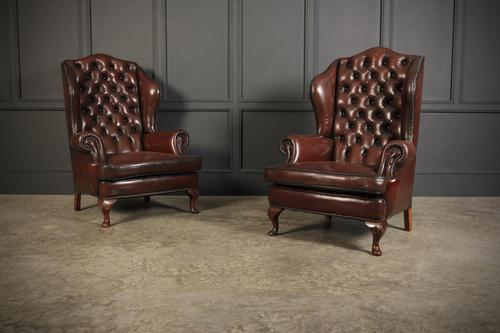 Pair of Queen Anne Style Buttoned Leather Wing Chairs (1 of 11)