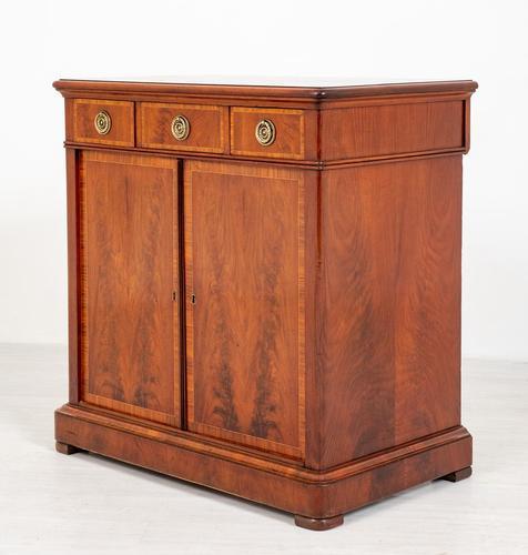Victorian Mahogany Two-Door Side Cabinet (1 of 8)