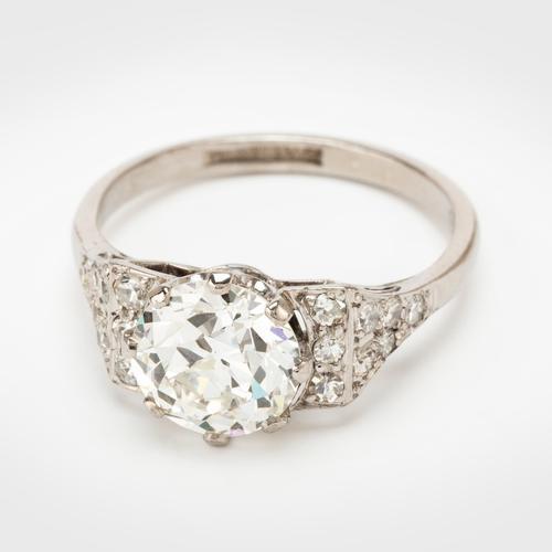 Art Deco 1.61 Carat Diamond Solitaire Engagement Ring c.1930 (1 of 8)