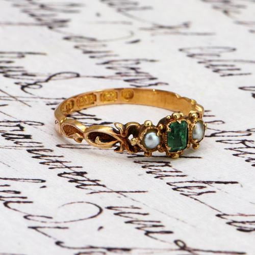 The Antique 1868 Victorian 15ct Gold Emerald and Pearl Ring (1 of 5)