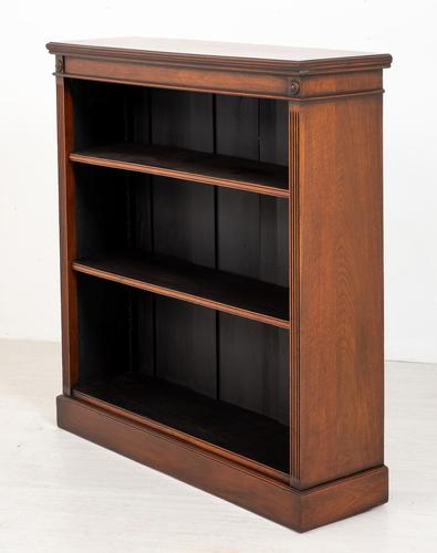 Good Quality Victorian Mahogany Open Bookcase (1 of 7)