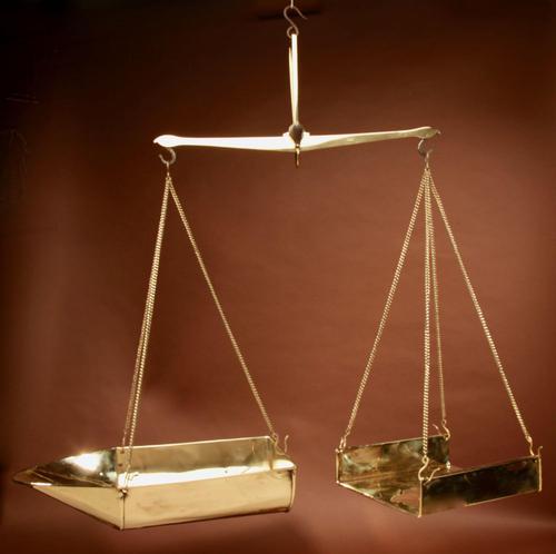 Frisian Brass Free Hanging Balance Beam Scales (1 of 10)