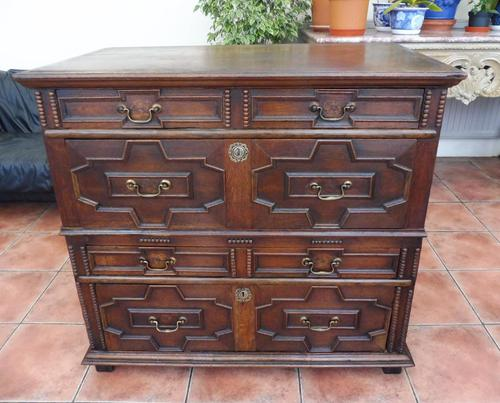 Country oak 4 drawer chest of drawers splits into 2 (1 of 10)