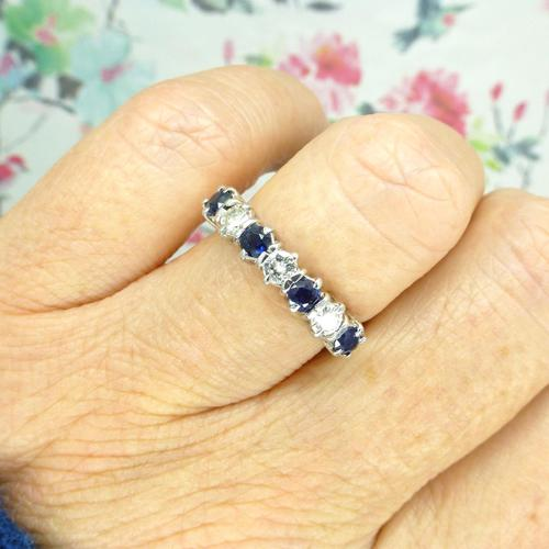 Vintage 18ct white gold Sapphire & Diamond seven stone ring (1 of 10)