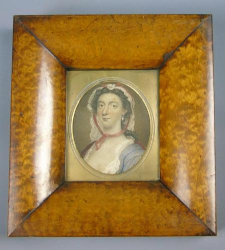 Antique Hand Coloured Engraving Nell Gwynn (1 of 4)