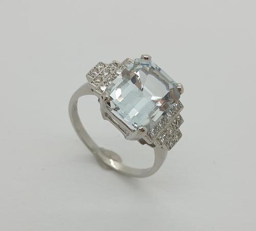 Platinum Pale Aquamarine & Diamond Ring (1 of 8)