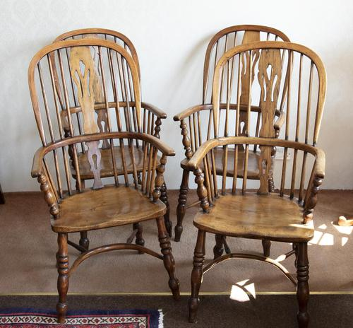 4 Matched High Back Windsor Chairs in Ash (1 of 4)