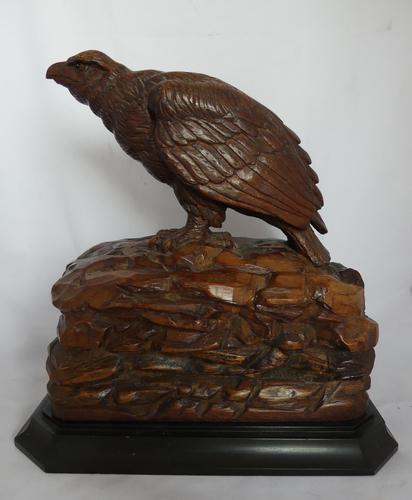 Rare and beautiful carving of a young eagle, 19th century (1 of 6)