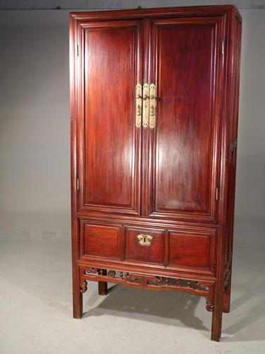 Particularly Good Late 19th Century Southern Chinese Wedding Cabinet (1 of 4)