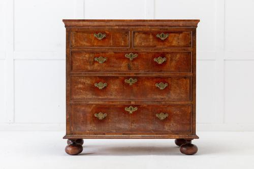 18th Century Queen Anne Chest of Drawers (1 of 5)