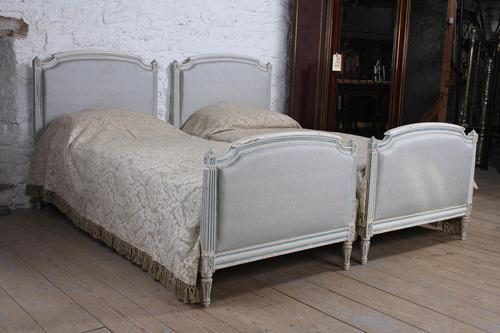 Pretty Pair of Matching French Upholstered Single Beds (1 of 6)