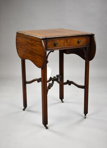 1920s Mahogany Pembroke Table (1 of 6)
